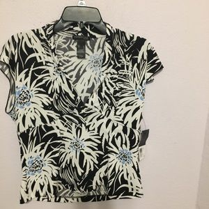 NWT Kenneth Cold L floral blouse